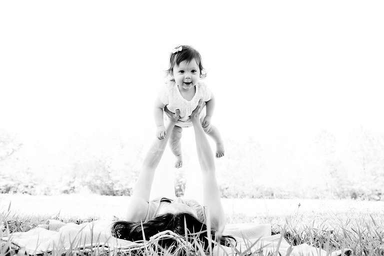 Baby Milestone Picture   Gulf Coast Baby Photographer   Danielle Parker Photography