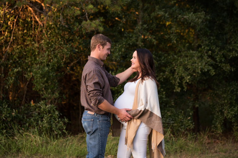 Growing Love | Outdoor Maternity Photography | Mobile, AL | Danielle Parker Photography