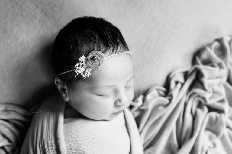 Black and White Sleeping Newborn Photo | Danielle Parker Photography | Mobile, AL